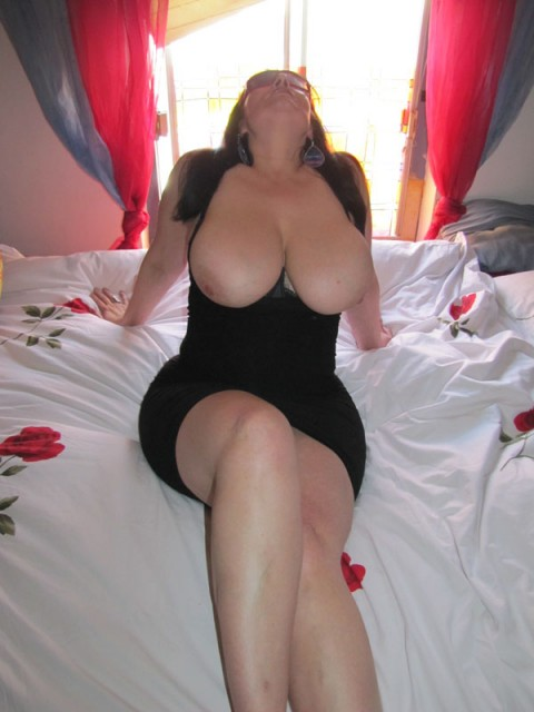 http://www.thuis.nl/v3/girl.asp?id=0200009837