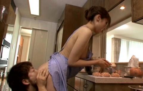 【画像あり】彼女に手料理作ってもらいたいもう一つの理由がこちらwwwwwwwwwwww・15枚目