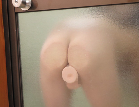 【女子に朗報】貼り付けディルドを使ったオナニーが捗る件wwwwwwwwwwww(画像24枚)・6枚目