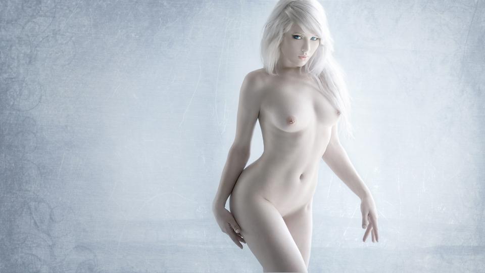 アルビノ女性のヌード画像、マンコまで白いと判明