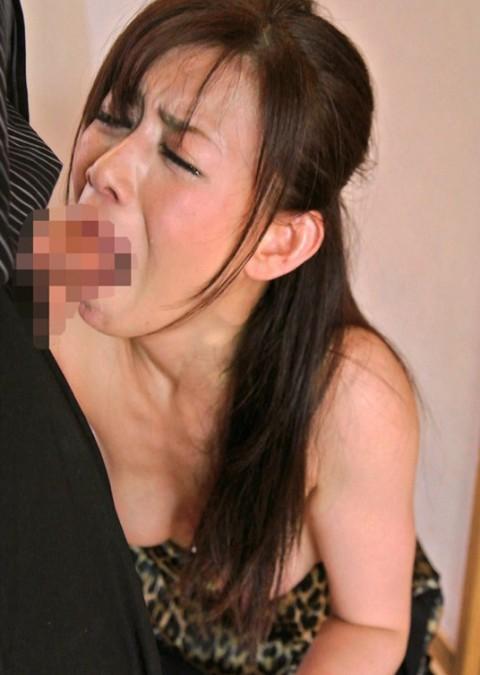 【マニア注意】BBAが涙目で喉奥フェラするところがタマランって変態はちょっと来い!!!!!(23枚)・8枚目