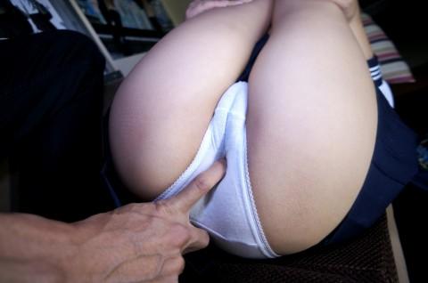 【画像あり】童顔、低身長好きなくせに巨乳がいいとかいう日本男児にありがちな趣向を網羅してる女wwwwwwwwwwww・3枚目