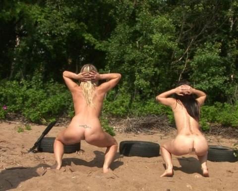 とある女性兵士たちの訓練の様子がエロすぎると話題に・・・(※画像有)・8枚目
