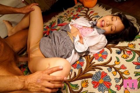 【ネ申】公園で拾った家出少女を肉奴隷に仕立て上げるまで・・・(※画像あり)・7枚目