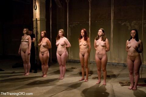 【ISISあり】奴隷市場の女たちヤバすぎ・・・・・・・・・・・・(画像23枚)・1枚目
