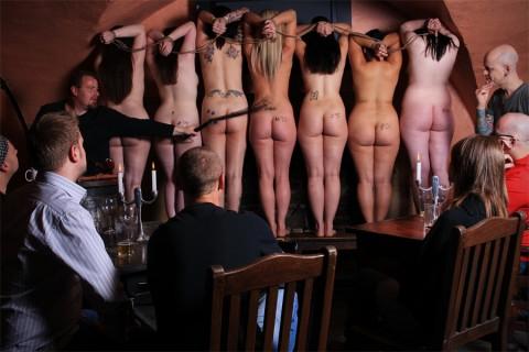 【ISISあり】奴隷市場の女たちヤバすぎ・・・・・・・・・・・・(画像23枚)・16枚目