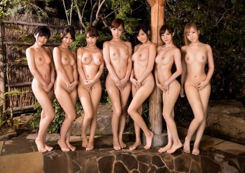 【※画像あり】女同士の温泉旅行あるある→おっぱいの大きさを確認し合うwwwwwwwwwwwww・24枚目