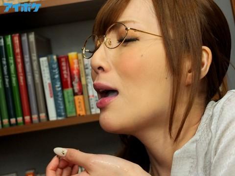 【画像あり】女の口を便器みたいにして8時間も射精し続けるマジキチAVwwwwwwwwwwwww・7枚目