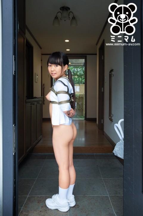【極鬼畜】140cmを切るミニマム女子のアナル崩壊見て喜ぶやつ・・・(※画像あり)・1枚目