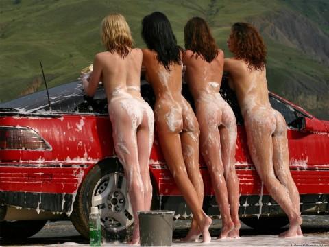 海外のセクシーな恰好で洗車する謎文化wwwwwwwwwwwww(画像27枚)・6枚目