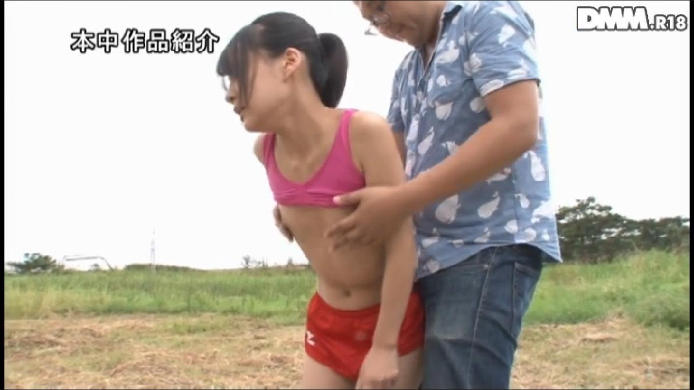【貧乳万歳】ペタンコ過ぎてセックス中にひたすら乳首を摘ままれる女wwwwwwwwwwwwwww(※画像あり)・18枚目