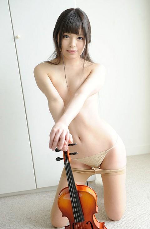 """【エロ注意】楽器やってる女の子で""""妄想""""してみた結果wwwwwwwwwwwwww(※画像あり)・5枚目"""