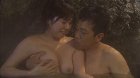 【※永久保存版】テレビで流れた温泉・入浴シーンキャプがドエロい・・・(※乳首出しあり)・11枚目