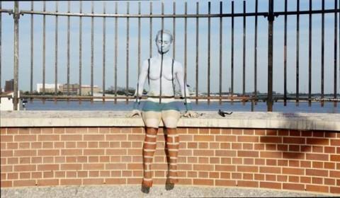 こちらの風景画像の中から裸の女の子を探してください(21枚)・16枚目
