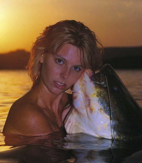 【釣り女】魚もどうせ釣られるならこんな美女に釣られたいよな(画像23枚)・15枚目