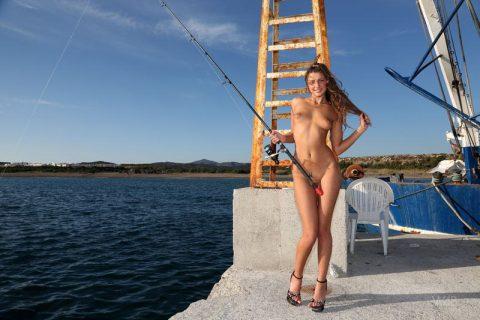 【釣り女】魚もどうせ釣られるならこんな美女に釣られたいよな(画像23枚)・16枚目