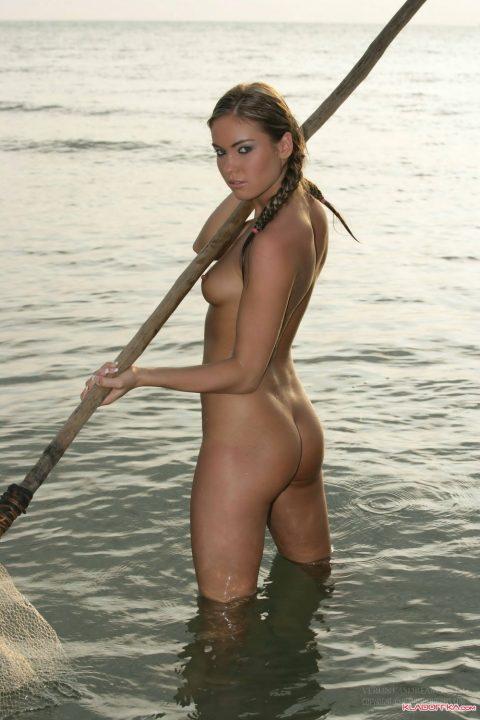 【釣り女】魚もどうせ釣られるならこんな美女に釣られたいよな(画像23枚)・20枚目