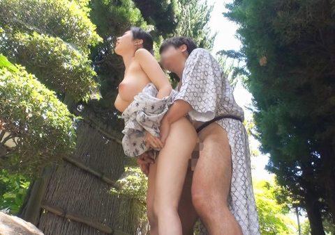 【夏】祭りの後、家まで我慢できなくなったカップルたちをご覧ください・・・(画像21枚)・2枚目