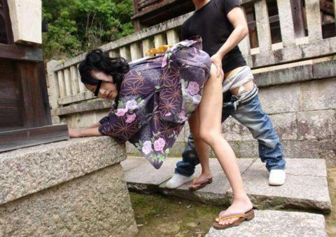 【夏】祭りの後、家まで我慢できなくなったカップルたちをご覧ください・・・(画像21枚)・21枚目