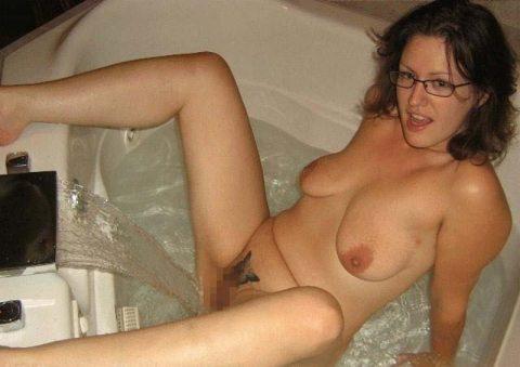 【画像25枚】家族に見られたら恥ずかしい風呂場での変態行為wwwwwwwwwwwwwwwww・13枚目