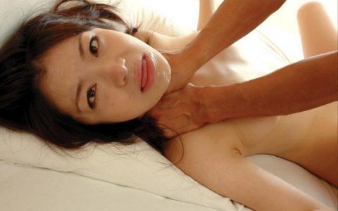 【画像あり】気持ちよさそうにヨガってる女の首を突然絞めるの楽しすぎwwwwwwwwww・19枚目