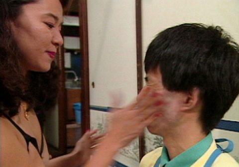 (※嫌悪感注意※)「ハンディキャップをぶっとばせ☆」 とかい障害者AV、ぐぅ胸糞悪い。。。(写真あり)