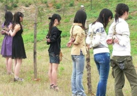 (※閲覧注意※)中国の田舎の女囚の死刑執行の様子をご覧ください。。。 →怖すぎだろコレ。。。(写真あり)