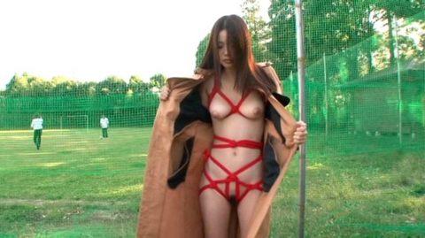 【画像あり】女「私脱いだらすごいんです…」→ガチだった・・・・・・・5枚目