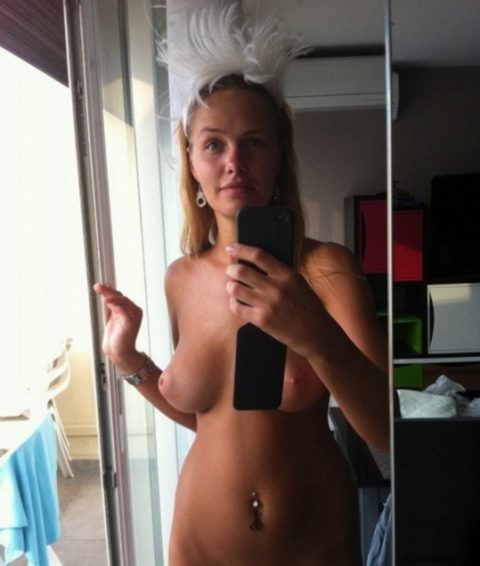 スタイルに自信ありすぎてついSNSにアップしてしまったロシア美女の自撮り画像(18枚)・7枚目
