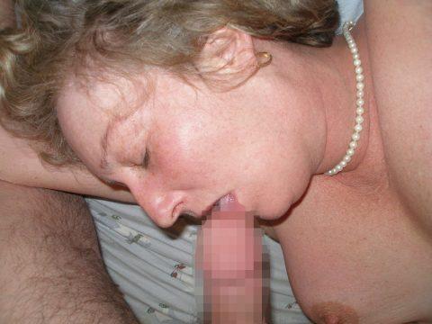 【画像23枚】寝てる女のお口にチンコ近づけた結果wwwwwwwwwwwwwwww・1枚目