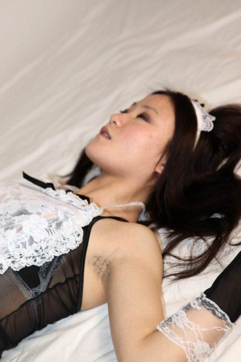 【画像21枚】女に腋毛がないと興奮しないって奴、ちょっとこいwwwwwwwwwwwww・14枚目