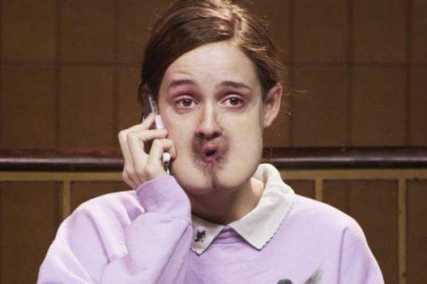 口が肛門になっている女性の悲劇をえがいたショートフィルム