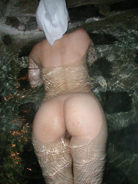 【画像25枚】彼女と家族風呂→一番やってほしいポーズがこれwwwwwwwwwwwww・3枚目