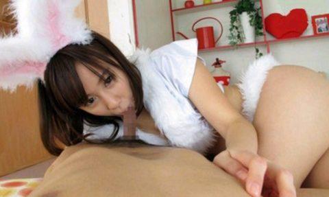 【画像あり】フェラしながら乳首弄ってくる風俗嬢多すぎwwwwwwwwwwww・6枚目