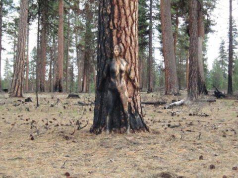 【29枚】全裸の美女が立ってるはずなのに全く見えない芸術画像集・24枚目