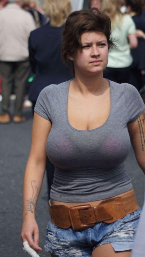 【画像】この童顔の女の子の胸wwwwwwwwwwwwwww・4枚目