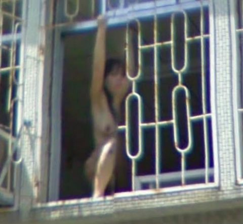 【露出狂】性への締め付けがキツイ中国で壊れてしまった女たち・・・(画像25枚)・17枚目