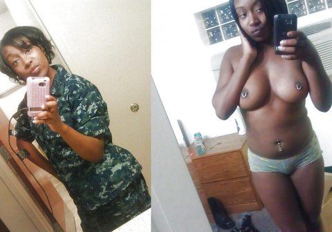 欲求不満な女兵士の軍服とヌードのコラボ画像集(29枚)・25枚目