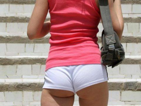 (写真28枚)お尻が半分ハミ出してる海外女子のホットパンツ姿wwwwwwwwwwwwwwwwwwwwwwwwww
