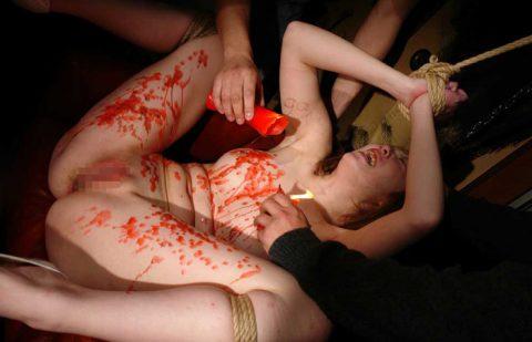 【蝋燭プレイ】ドM女の色んな所にロウを垂らしてるエロ画像集(22枚)・22枚目