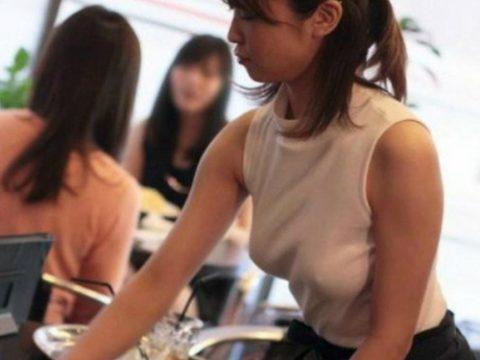 (写真) 女性カフェ店員がブラなしで出勤した結果wwwwwwwwwwwwwwwwwwwwwwwwwwwwwwwwwwwwwwwwwwwwwwwwwwww