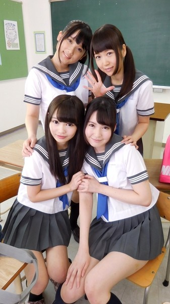 【VR】ガチで女子高生4人に囲まれてる!!!?まだ試してない奴もったいなさ過ぎワロタwwwwwwww・4枚目