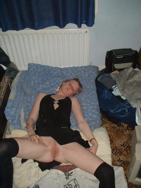 【リベンジポルノ】女性はセックス後に寝てしまってはいけない・・・(画像30枚)・10枚目