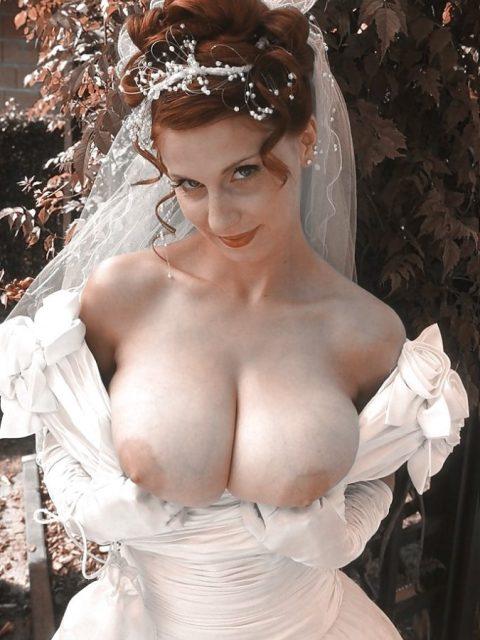 【素人】神父「では、誓いの口づけをマンコに…」、ハメ外し過ぎな花嫁画像集(25枚)・13枚目