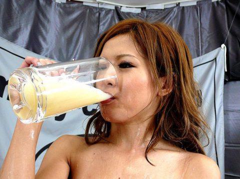 【胸焼け注意】飲み干す一杯!!!!!飲ザーのエロ画像集(28枚)・3枚目