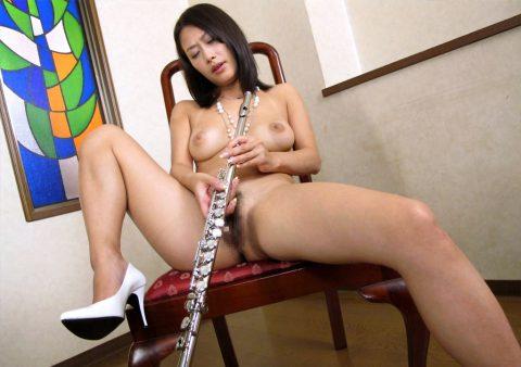 【画像19枚】吹奏楽やってる女の子のエロ画像ってなんか引きあるよなwwwwwwwwwww・1枚目