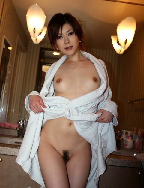 """バスローブって""""お風呂~セックス""""の間に着るために作られたんだよな???(画像25枚)・13枚目"""