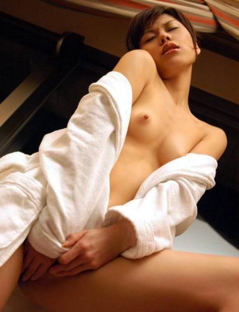 """バスローブって""""お風呂~セックス""""の間に着るために作られたんだよな???(画像25枚)・15枚目"""