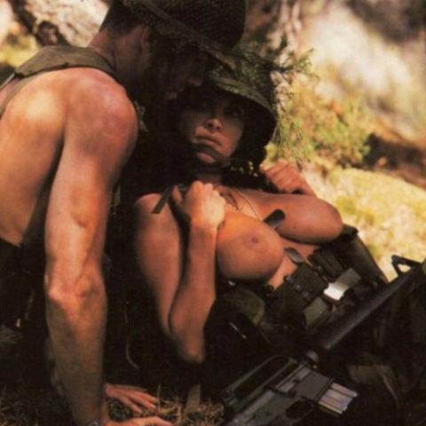 【画像24枚】女性兵士のもう一つの仕事がこちらwwwwwwwwwwwwww・13枚目