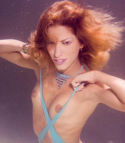 【水中ヌード】水の中で裸を撮ったらアートになるという不思議wwwwwwwwwwwwwww(画像31枚)・19枚目
